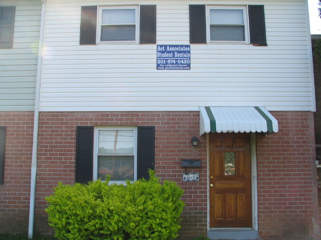 110 South Broadway - College Gardens Townhome J